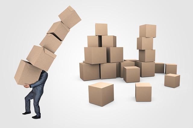 stěhování krabic.jpg