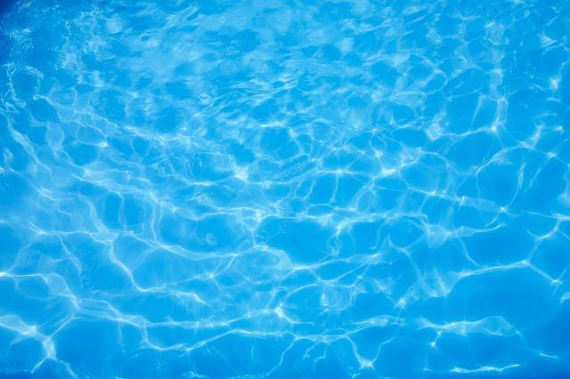 Dokonale čistá voda.jpg