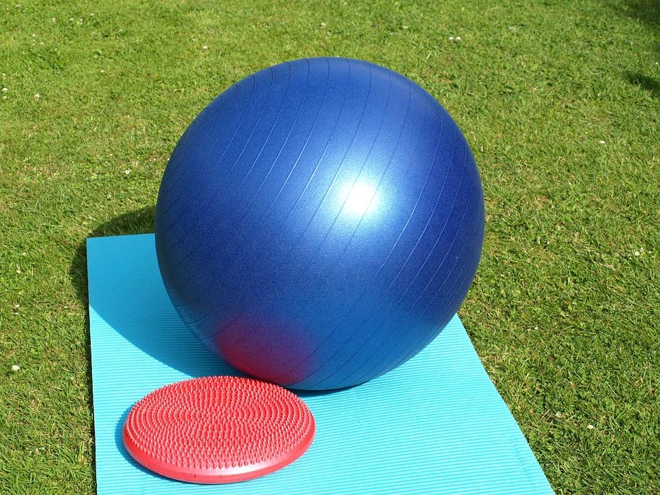 míč a balanční podložka